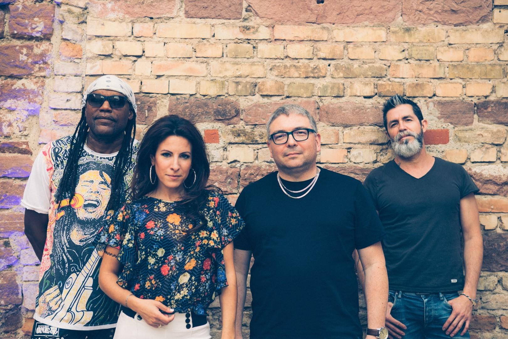 Sauvage Band